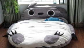 my-neighbor-totoro-bed